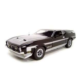 1971 FORD MUSTANG BOSS 351 MACH 1 118 DIECAST MODEL