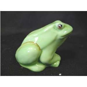 FENTON GLASS ANIMAL Frog   Chameleon Green