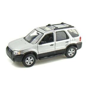 2005 Ford Escape XLT Sport 1/24   Silver Toys & Games