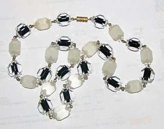 VINTAGE, ART DECO, ENCASED, BEVELED GLASS, BEAD NECKLACE exquisite